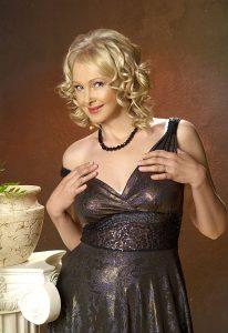 Выездная проститутка Анютка - возраст 24, рост 170, вес