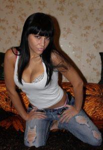 Зрелая путана Роксана - возраст 30, рост 172, вес