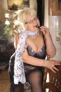 Дешевая проститутка Инга - возраст 53, рост 160, вес