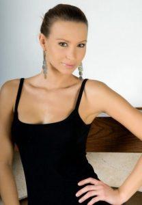 Зрелая проститутка Полина - возраст 24, рост 169, вес