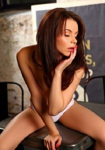 Элитная индивидуалка Карина - возраст 29, рост 168, вес