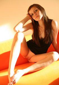 Зрелая проститутка Оля - возраст 28, рост 172, вес