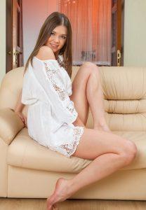 Дешевая проститутка Света - возраст 23, рост 167, вес