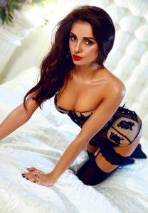 Элитная проститутка Кира - возраст 25, рост 170, вес