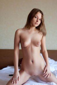 Дешевая проститутка Эля - возраст 19, рост 164, вес