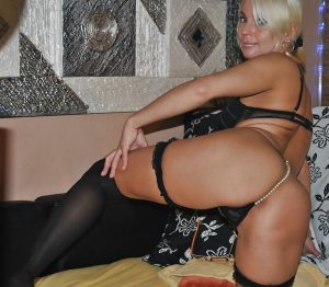 Зрелая шлюха Маша - возраст 34, рост 169, вес