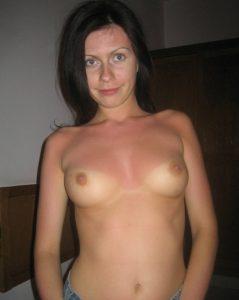 Выездная проститутка Карина - возраст 27, рост 169, вес