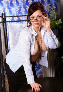 Дешевая шлюха Людмила - возраст 31, рост 170, вес